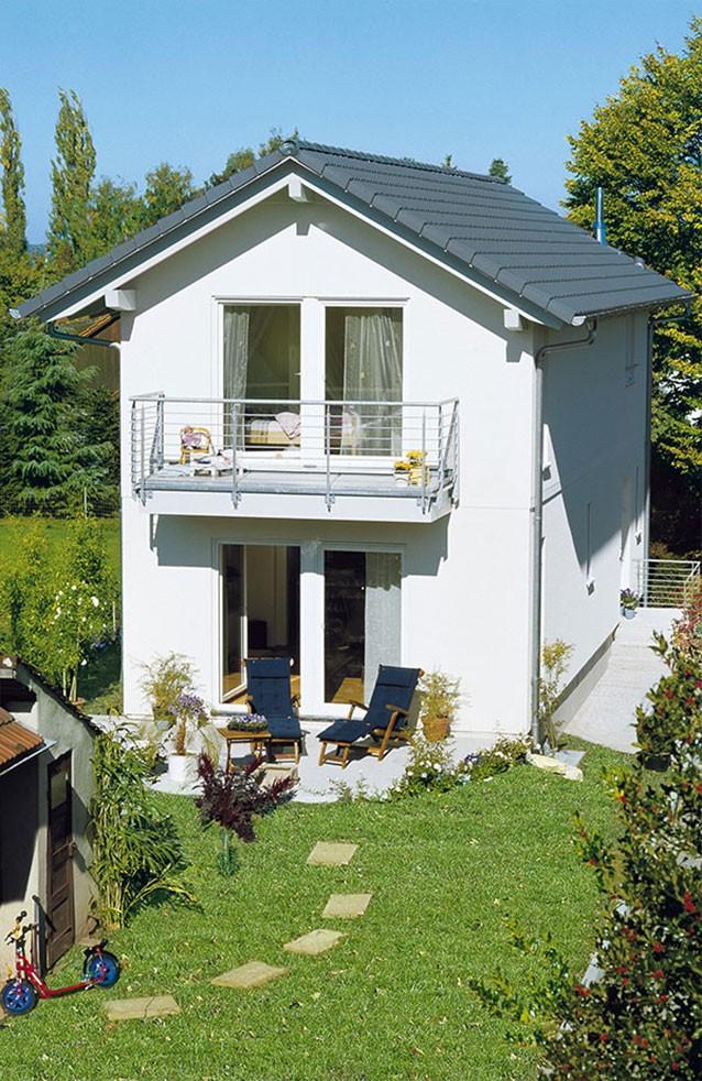 Attraktive Häuser Für Schmale Grundstücke : bauen auf schmalem grundst ck wohnen ~ Watch28wear.com Haus und Dekorationen